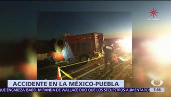 Mueren ocho peregrinos por accidente en la autopista México Puebla