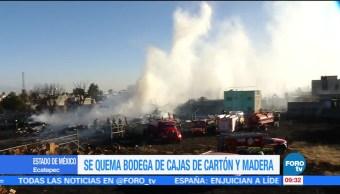 Se quema bodega con cajas de cartón y madera en Ecatapec