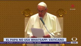 El Vaticano aclara que el papa Francisco no da bendiciones por Whatsapp