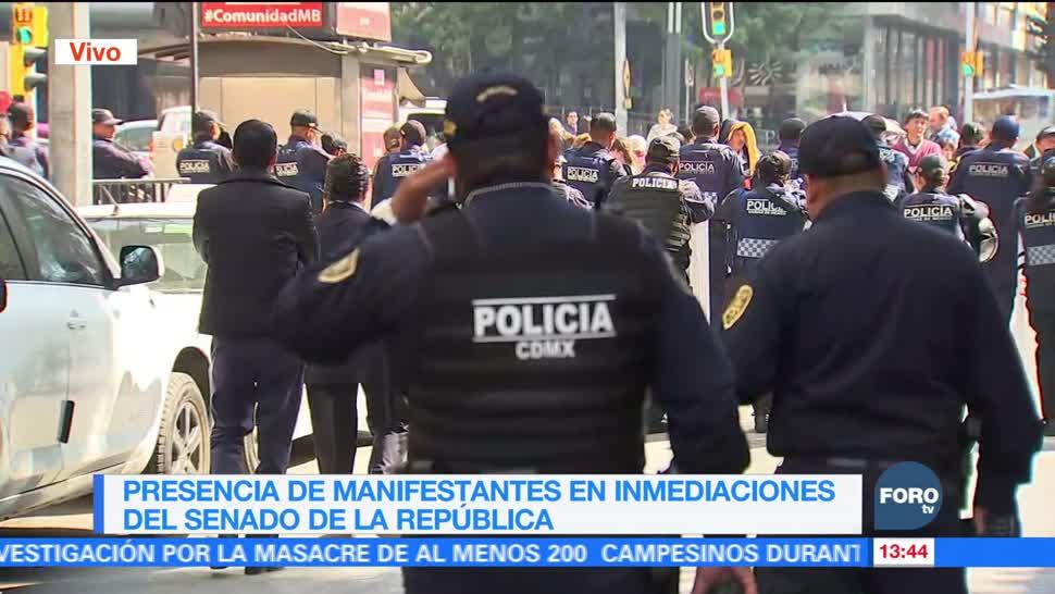 Manifestantes se congregan frente al Senado, donde debatirán Ley de Seguridad Interior
