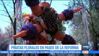 Piñatas florales adornan Paseo de la Reforma