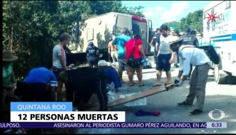 Mueren 12 turistas tras volcadura de autobús en Quintana Roo