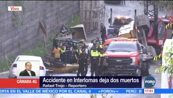 Retiran vehículos afectados por caída de retroexcavadora en Huixquilucan