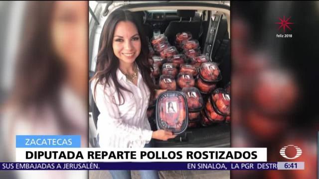 Diputada del PES dona pollos rostizados con su fotografía, ahora es #LadyPollos