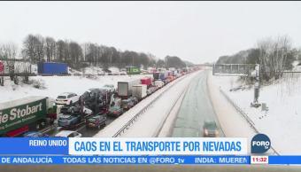 Caos en transportes de Reino Unido por nevadas
