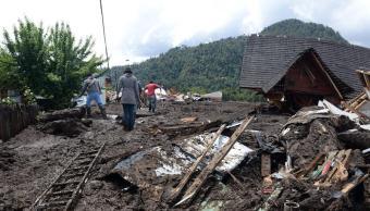 aluvion deja 5 muertos y 15 desaparecidos en chile