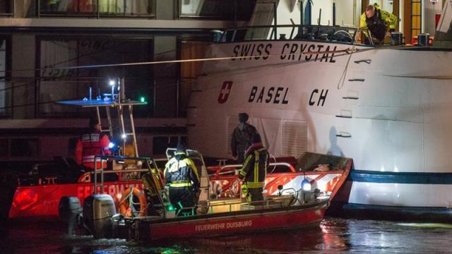 crucero choca puente rio rin alemania 27 heridos