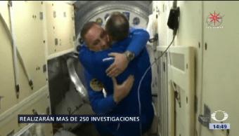 Astronautas Soyuz Llegan Eei Tres