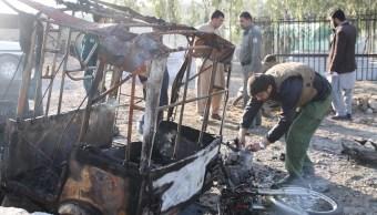 Suman 17 muertos tras atentado en funeral de un político en Afganistán