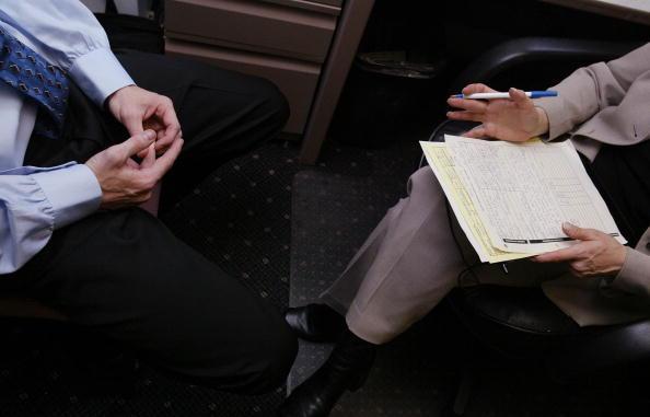 La ayuda por desempleo en Estados Unidos cae nuevamente
