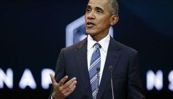 Presidente de Francia almuerza en privado con Obama en París