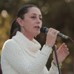 Claudia Sheinbaum se realiza limpia Ciudadela