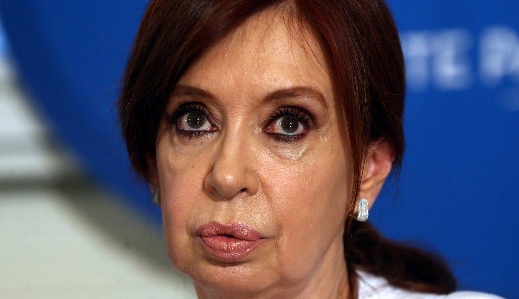 Cristina Fernández dice orden de detención viola Estado de derecho