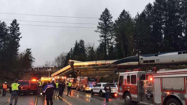 Descarrila tren de pasajeros en Washington, Estados Unidos
