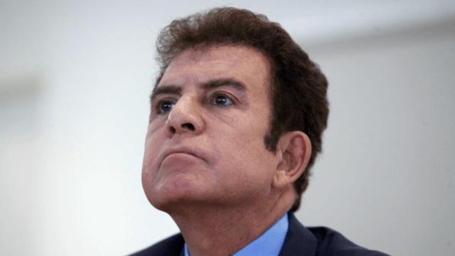 Salvador Nasralla dice estar fuera de escena tras postura de EU