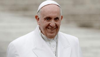 Papa Francisco pide pacto mundial que asegure 'humanidad'