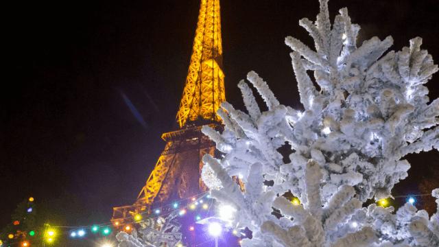 París se adorna para Navidad y Año Nuevo