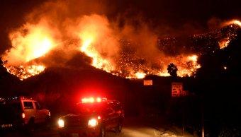 California declara estado emergencia incendio forestal