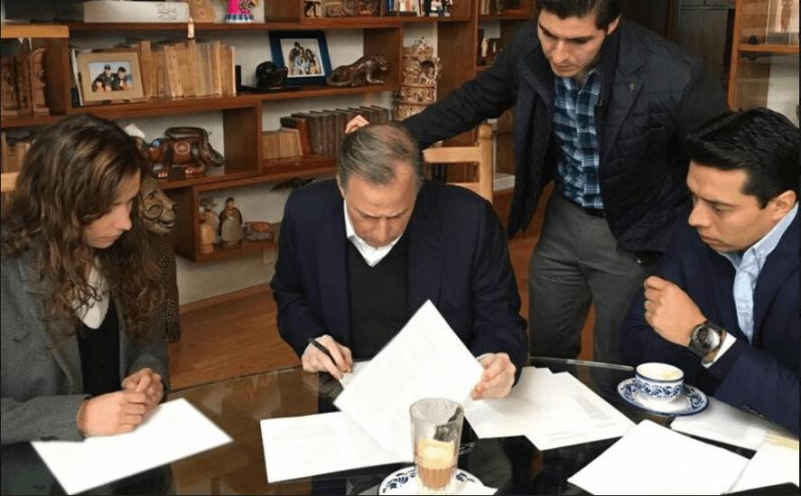 Meade registro precandidato presidencial del PRI