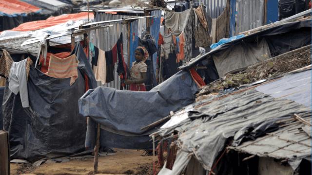Los rohinyás viven actualmente en campos de refugiados en Bangladesh