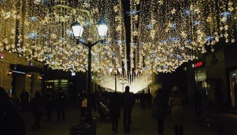 rusia se alista para recibir año nuevo y navidad
