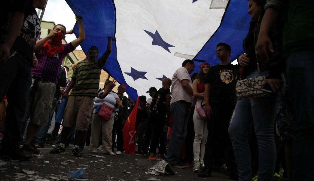 Denuncian muerte 16 personas durante crisis poselectoral Honduras