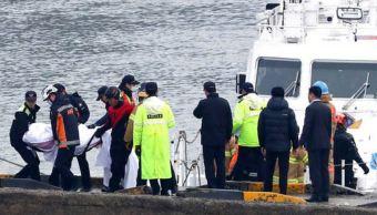 naufragio corea sur deja 13 muertos y dos desaparecidos