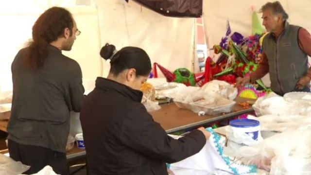 Damnificados del multifamiliar de Tlalpan pasan la Navidad en campamentos