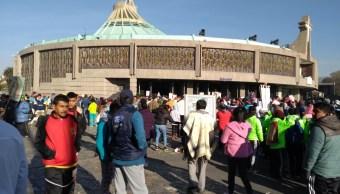 Peregrinos de Querétaro avanzan a la Basílica de Guadalupe, en la CDMX