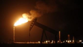 Precios del petróleo, al alza; Brent pasa los 36 dólares