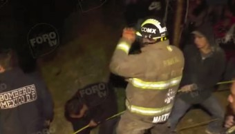 rescatan policia que cayo barranco persecucion cuajimalpa