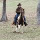 Roy Moore llega a caballo a emitir su voto. (AP)