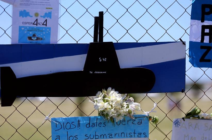 Argentina confía en robots sumergibles rusos y de EU para hallar submarino