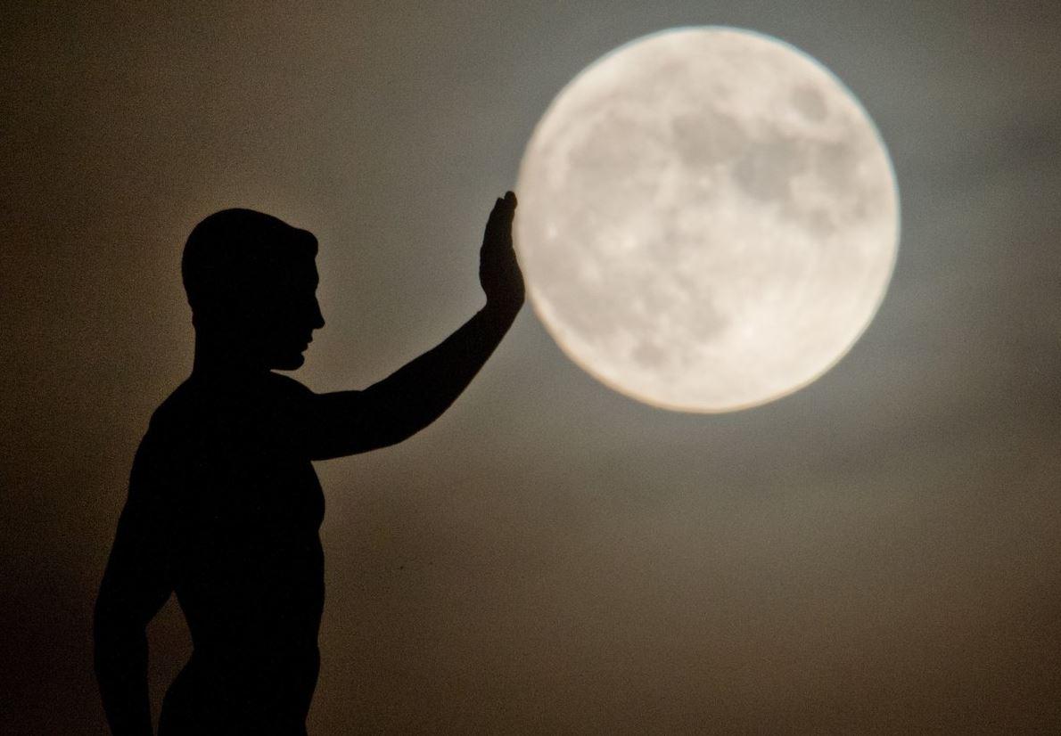 La última superluna del año podrá ser vista en todo el mundo