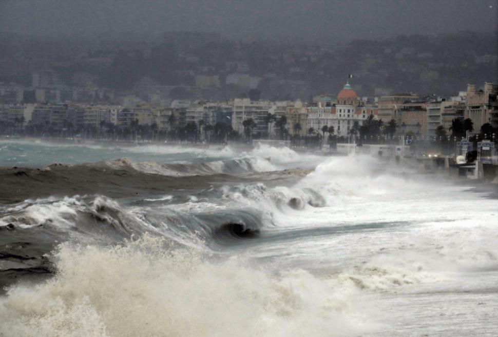 Tormenta en Niza, Francia. (Reuters)