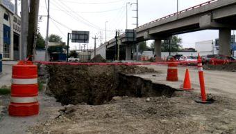 Reparan socavón en la Avenida Los Ángeles
