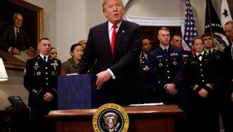 Trump autoriza presupuesto militar 700 mil millones dólares