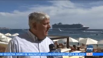 Turistas, nacionales, extranjeros, despiden, año, playa