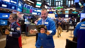 Wall Street comienza la semana en máximos histórico
