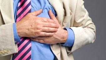 ¿Cómo detectar los síntomas más comunes de un ataque cardíaco?