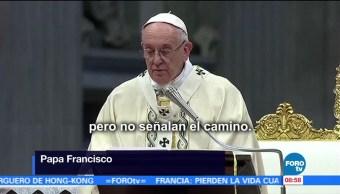 Papa Francisco celebra misa de Epifanía