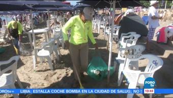 Realizan operativos de limpieza permanentes en playas de Acapulco