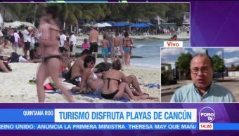 Turismo disfruta de playas de Cancún, Quintana Roo