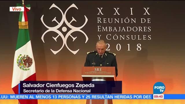 Salvador Cienfuegos participa en la XXIX Reunión de Embajadores y Cónsules