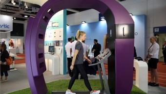 Caminar 10,000 pasos diarios no tiene ventajas para la salud, dice especialista