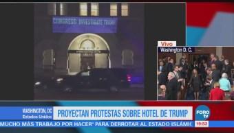 Activistas Proyectan Protestan Sobre Hotel Trump