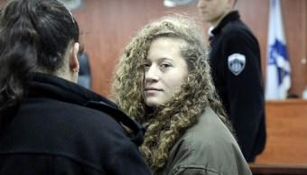 Israel procesa adolescente palestina que golpeó a un soldado israelí