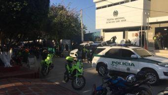 suman muertos ataque barranquilla policia explosion