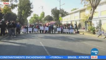 Se registra bloqueo en Av. Andrés Molina, en Iztapalapa