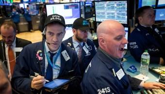 Dow Jones cierra encima 26 mil puntos